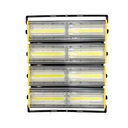 Refletor de Led Linear para Campo | Quadra 800W IP68 Flood Light Duplo Quatro Módulos Direcionável Modelo 2021 - GOLD