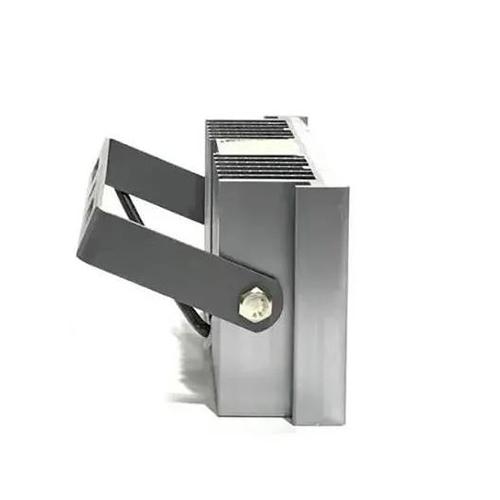 Refletor de Led para Campo | Quadra 100W IP68 N2 Um Módulo Modelo 2021