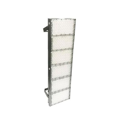Refletor de Led para Campo | Quadra 600W IP68 Flood Light Seis Módulos Number Two Modelo 2021