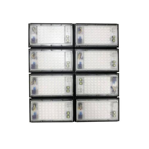 Refletor de Led para Campo   Quadra 800W IP68 Flood Light 8 Módulos Number One Modelo 2021 - GOLD
