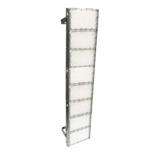 Refletor de Led para Campo | Quadra 800W IP68 Flood Light 8 Módulos Number Two Modelo 2021