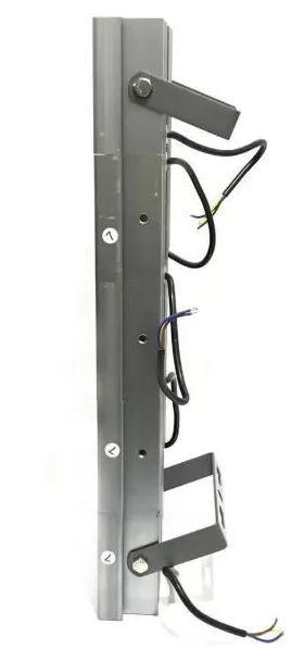 Refletor de Led para Campo | Quadra 500W IP68 Flood Light Cinco Módulos Number Two Modelo 2021 - GOLD