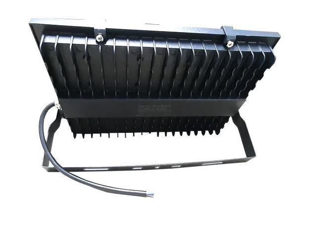 Refletor Industrial Modelo 2020 100w Tango N1 Micro Led