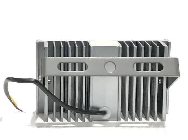 Refletor Led (GOLD) Modelo 2021 Flood Light 100w IP68 um Módulo Number Two (Tecnologia Militar)