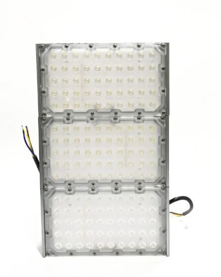 Refletor de Led para Campo | Quadra 300w IP68 Flood Light Duplo Três Módulos Number Two Modelo 2021