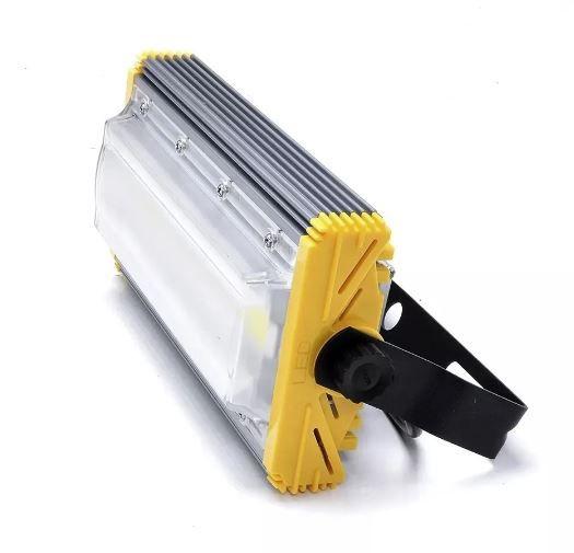 Refletor Linear Flood light Blindado 30w Um Módulo Prova D'agua - Branco Frio 6500k IP68
