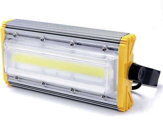 Refletor Linear Flood light Blindado 60w Um Módulo Prova D'agua - Branco Frio 6500k IP68