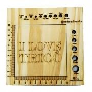 Régua Gabarito em madeira para medir amostras e agulhas de tricô