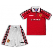 KIT INFANTIL MANCHESTER UNITED 1998 UNIFORME TITULAR RETRÔ