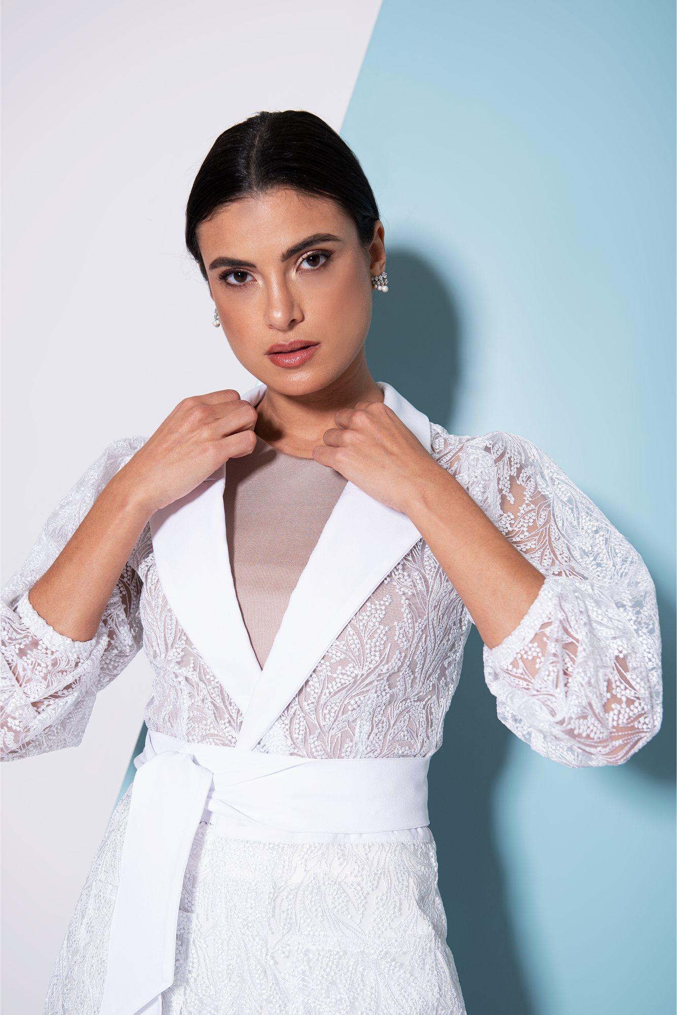 Jaleco Feminino com Renda Mariana