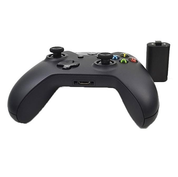 Kit Carregador + Bateria Recarregável Xbox One Preto
