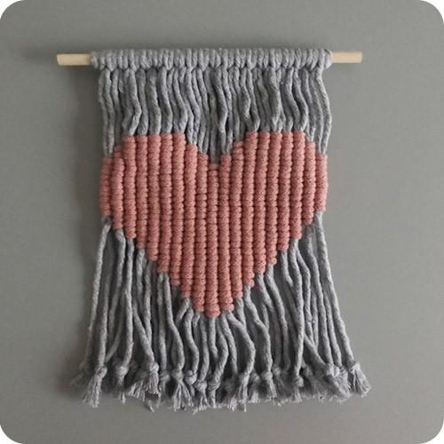 Flâmula Macramê Coração