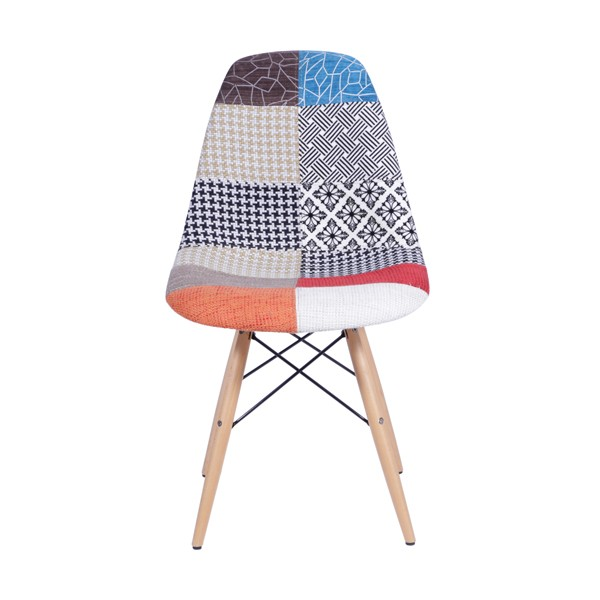 Cadeira Eames Estofada Patchwork Base Madeira OR Design