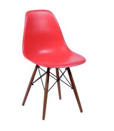 Cadeira Eames Polipropileno Base Madeira Escura OR Design