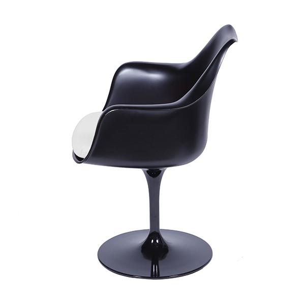 Cadeira Saarinen Preta com Braço e Almofada OR Design