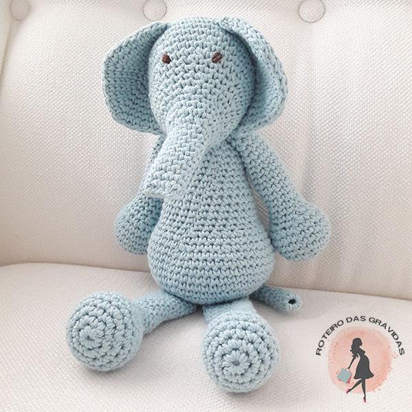 Elefante de tricot azul