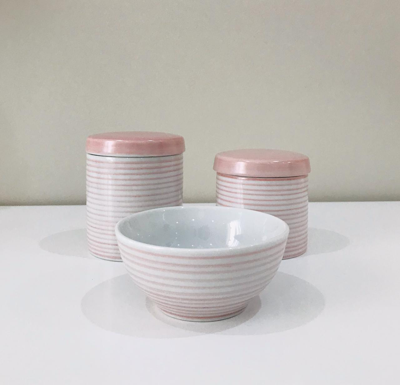 Kit de Higiene Listrado Rosa com Branco - 3 Peças