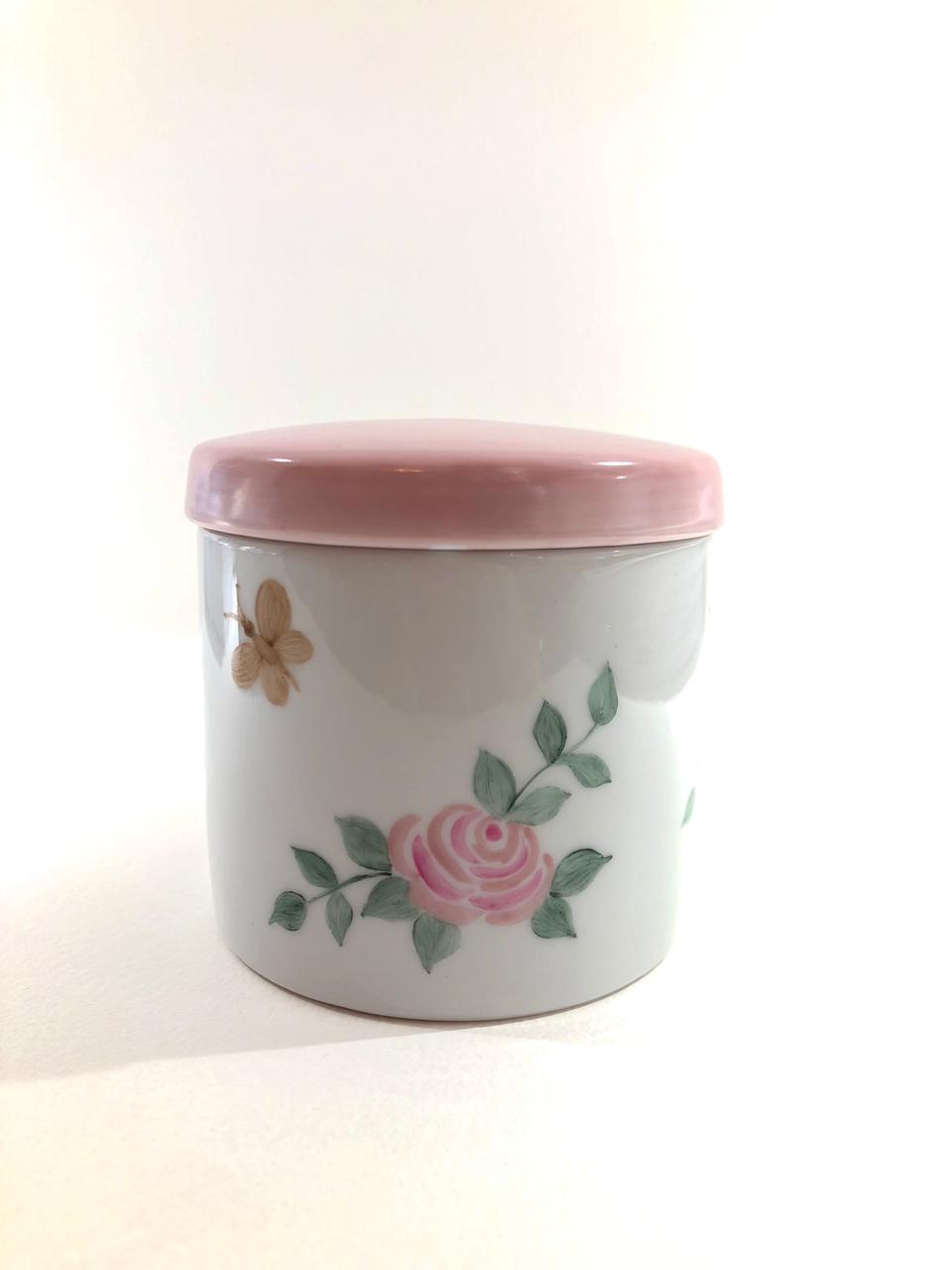 Kit higiene Puro Amor com capa bordada – 6 peças
