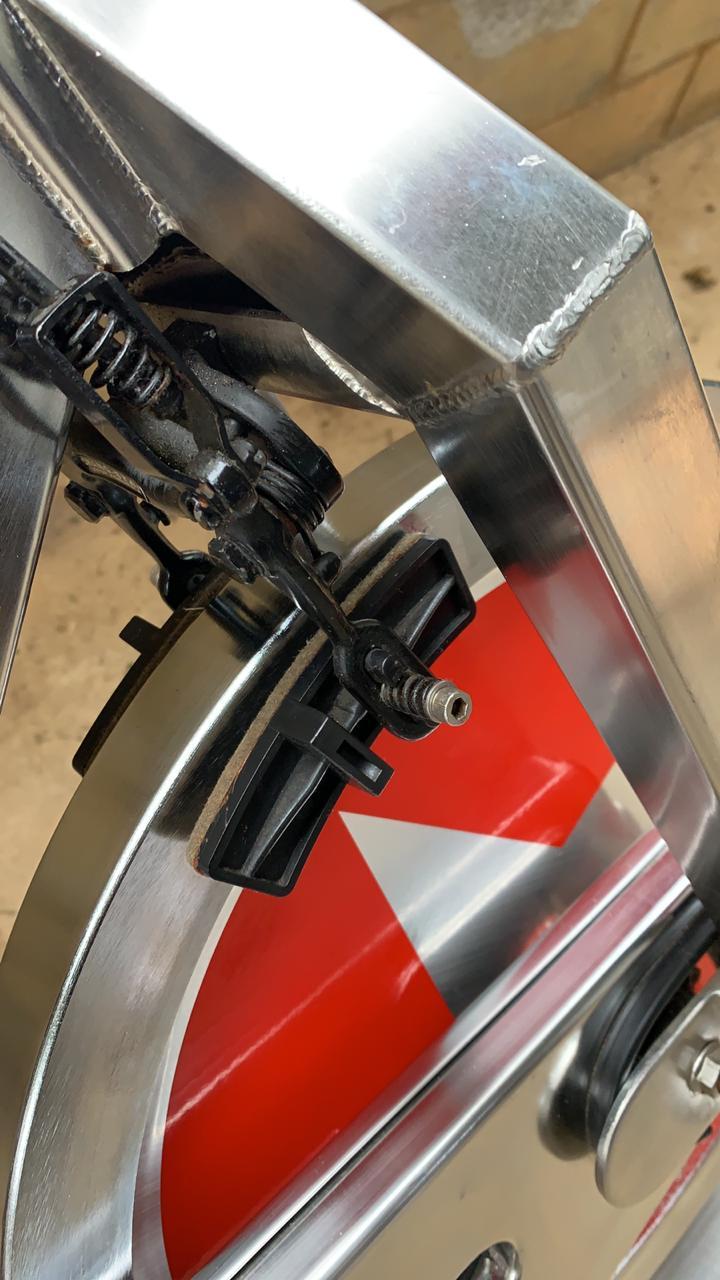 Bike Spinning Schwinn Special Edition em INOX - (Peça SEMI NOVA)