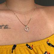Pingente Letra Coração Cravejado com Zircônia Folheado em Ouro 18K  (Corrente não inclusa)