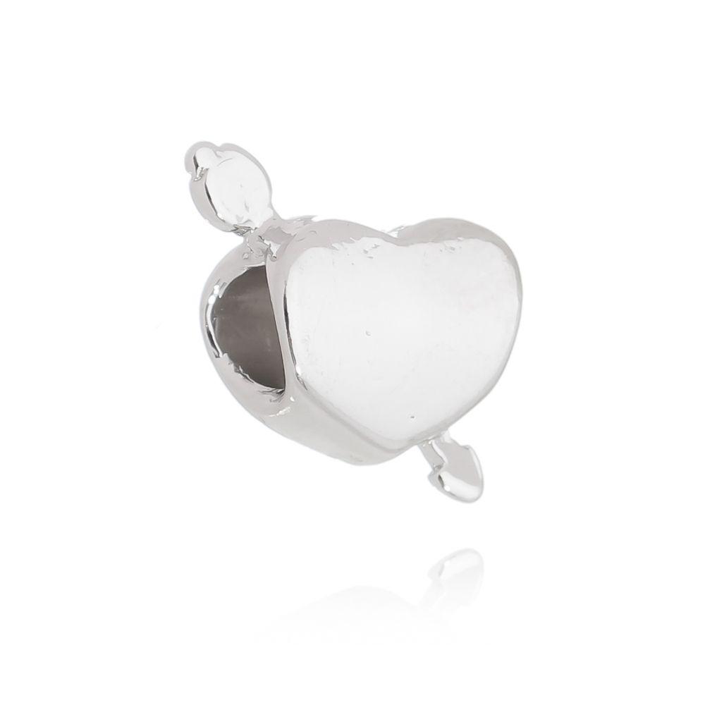 Berloque Passante Coração Flecha Folheado em Ródio Branco