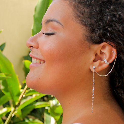 Brinco Piercing Ear Cuff 2 Correntes com Zircônia Folheado em Ródio Branco