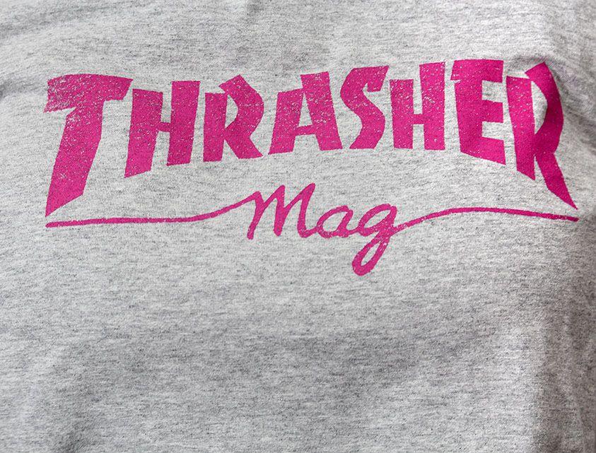 Camiseta Baby Look Thrasher Mag Logo Cinza
