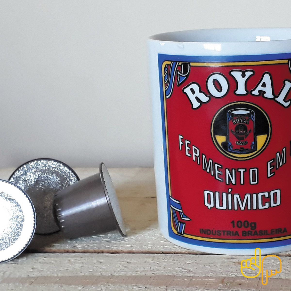 Caneca de cerâmica temática Fermento em Pó Royal