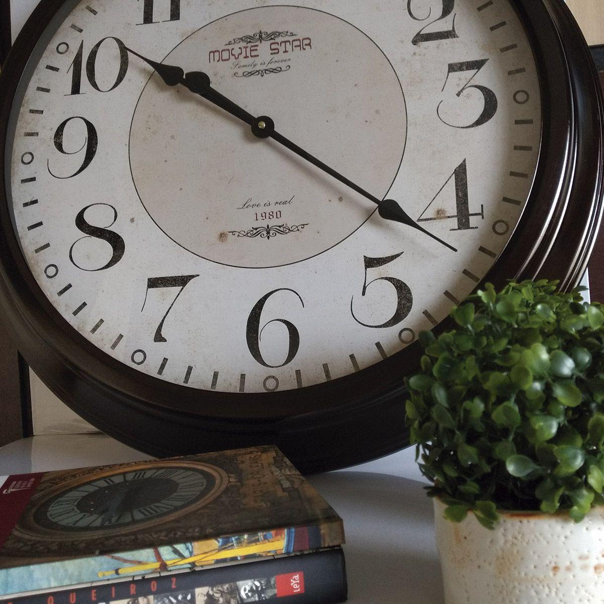 Relógio de Parede Movie Star Family is Forever 1980 66cm
