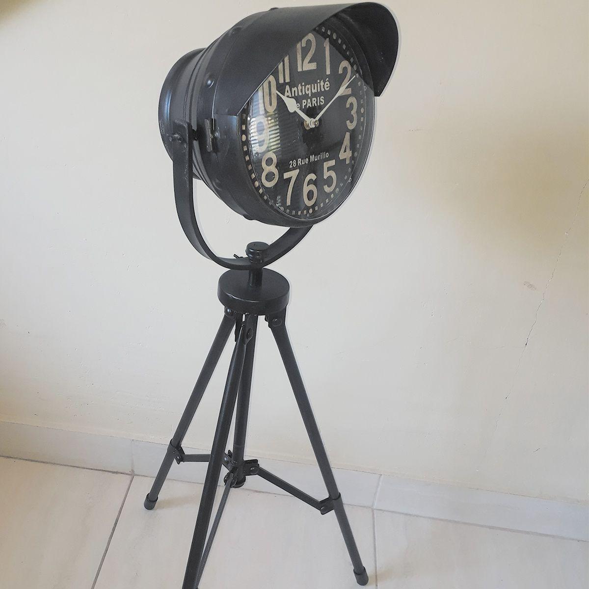 Relógio Tripé de Ferro Antiqueté de Paris 28 Rue Murillo