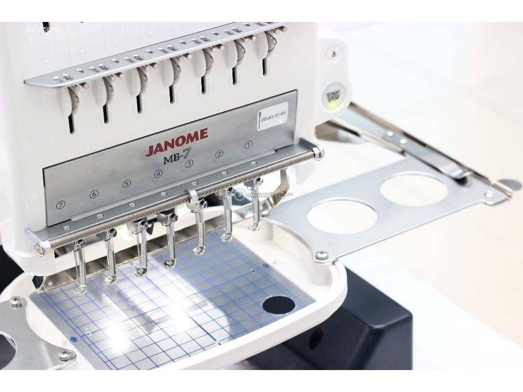 Máquina De Bordar Mb7 Janome