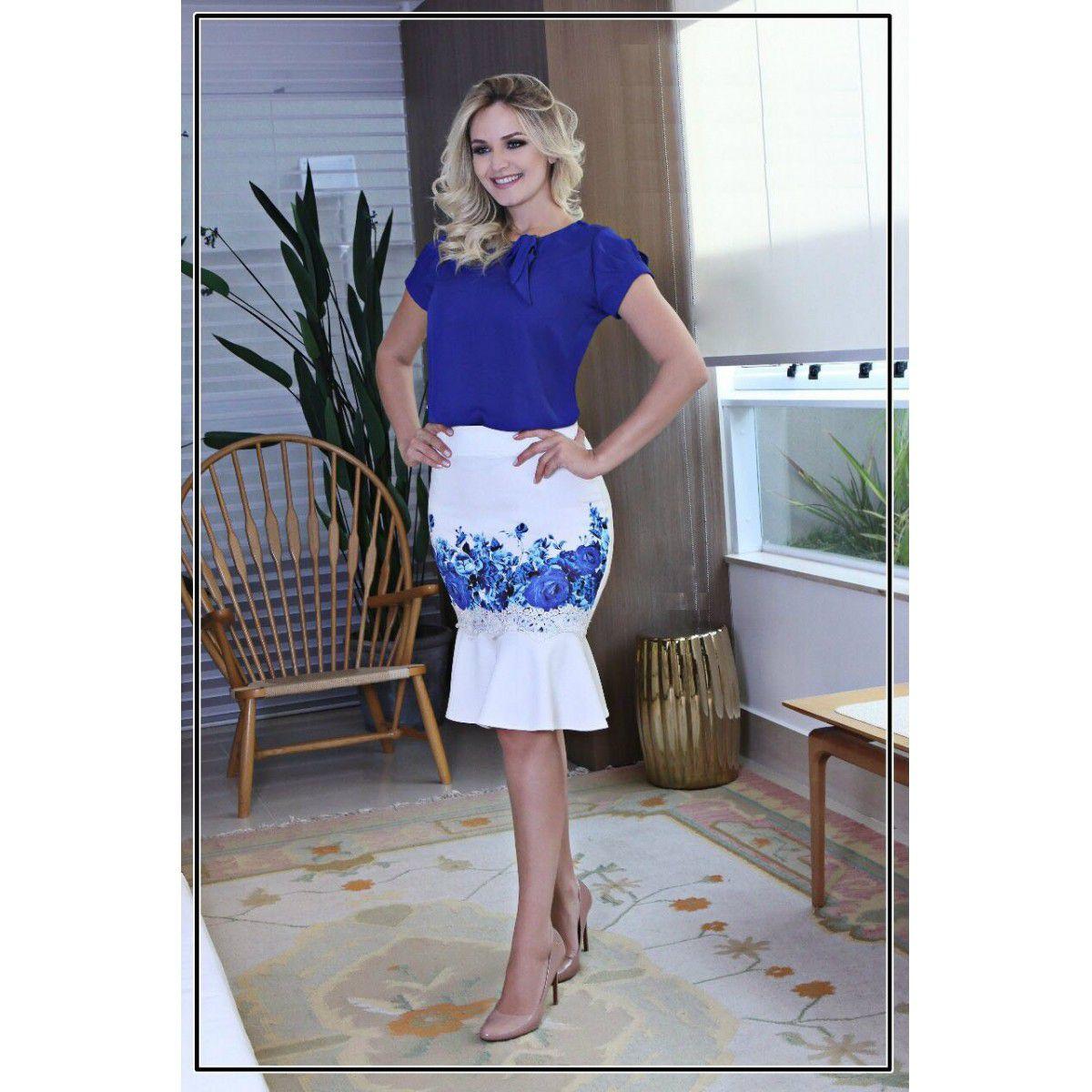 8f016c4fca Saia em Crepe Branco Azul Maria Amore Moda Evangélica