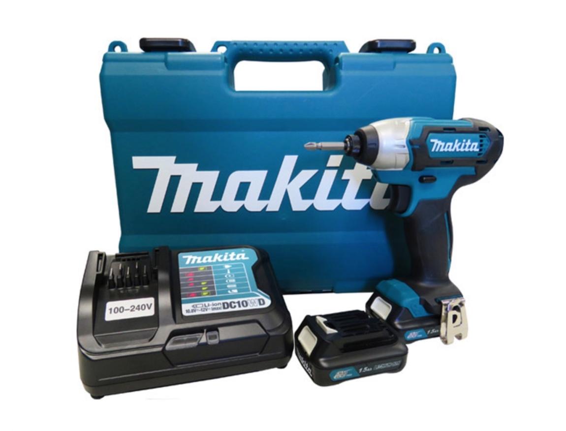 Parafusadeira Impacto Makita 12v TD110DWYE com 02 baterias + carregador bivolt e maleta