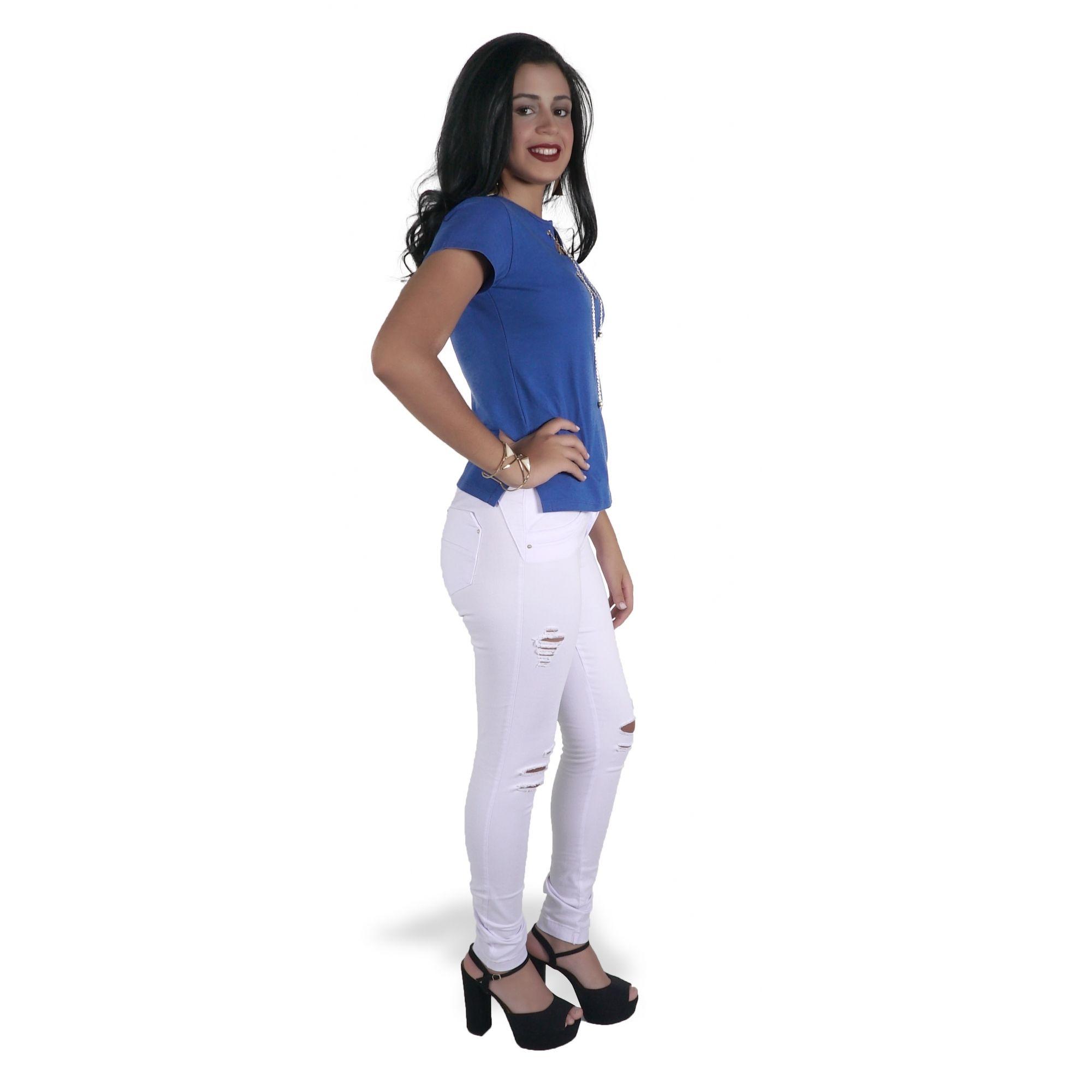 Camiseta Azul com Ilhós