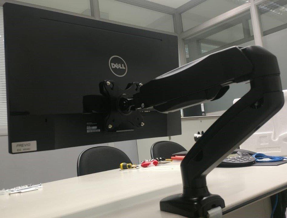 Adaptador VESA para Monitores DELL sem Furação ADP-DELL  - Central Suportes
