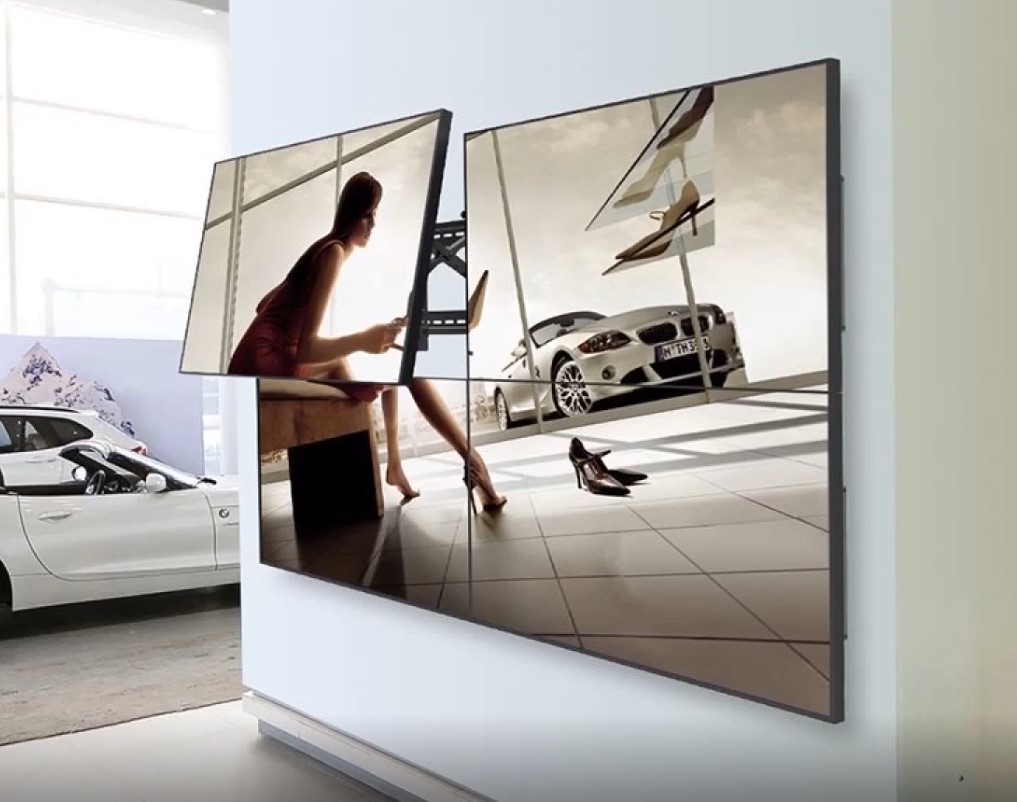 """Suporte para Videowall de Parede TV 37 a 70"""" c/ Sistema Pop-Out LVW02-46T ELG  - Central Suportes"""