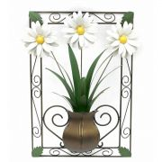 Quadro Artesanal em Ferro com Moldura Rústico para Parede com Flores de Lata