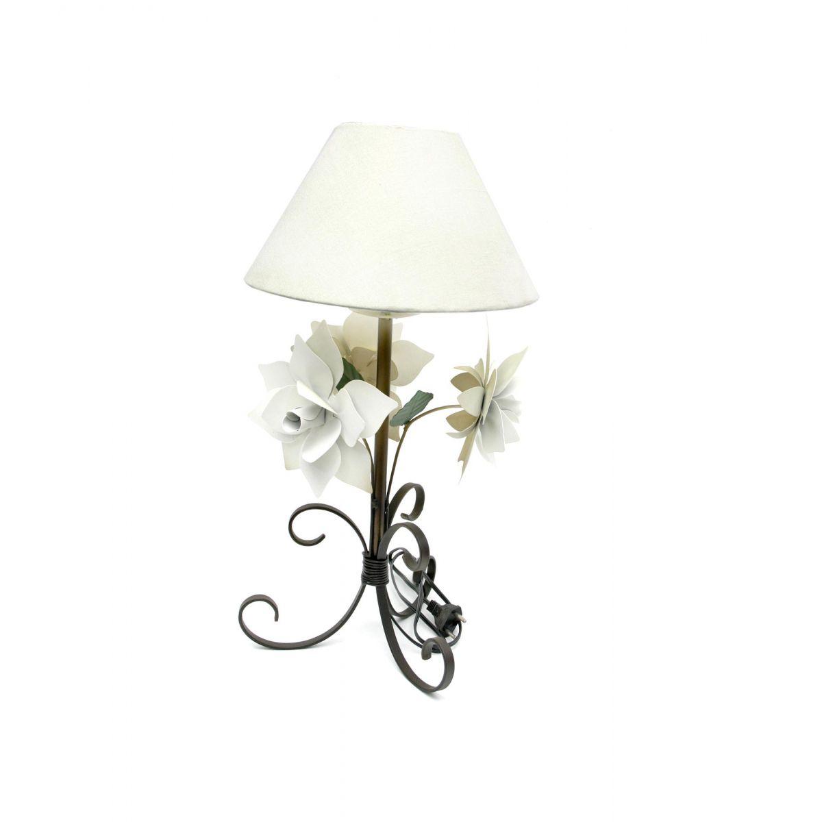 Abajur Rustico para Quarto De Casal De Ferro Artesanal Decorativo com Flores