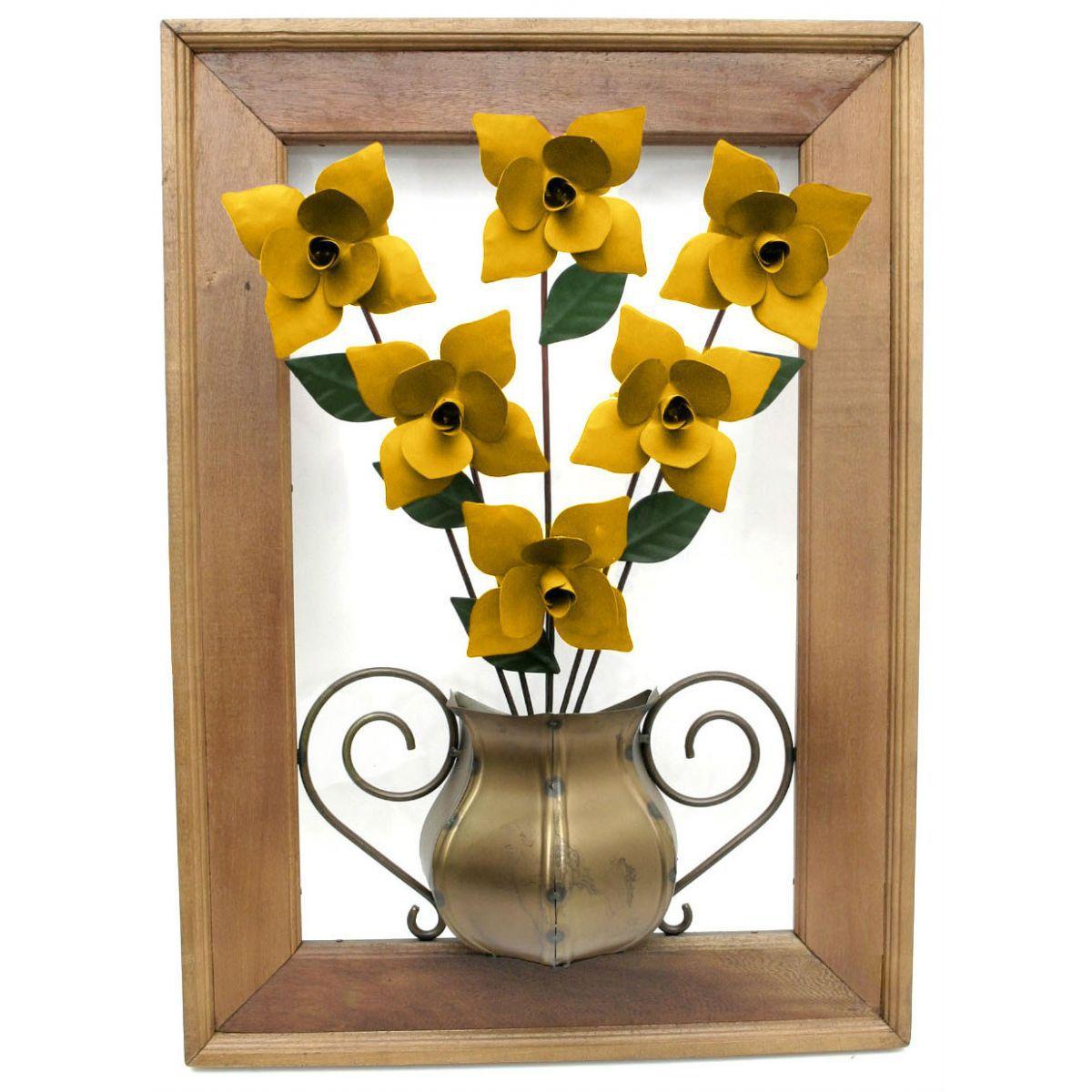 Quadro De Madeira Rústica Com Rosas De Ferro Amarelo