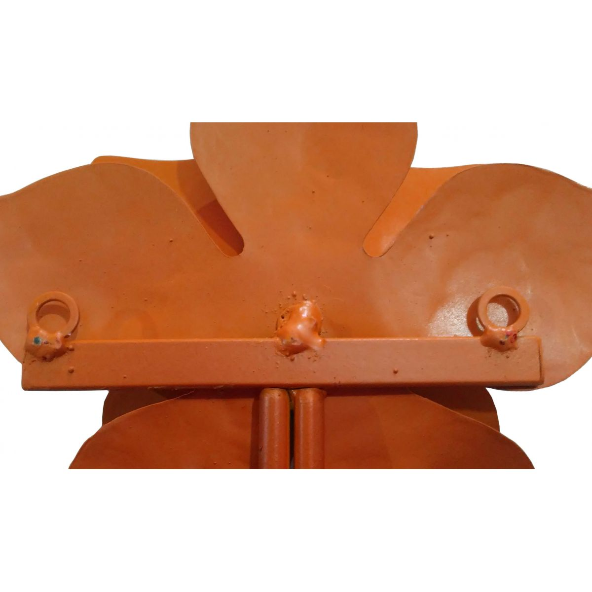 Pendurador de Roupas e Bolsas Artesanal de Ferro Colonial com Flor Rustico