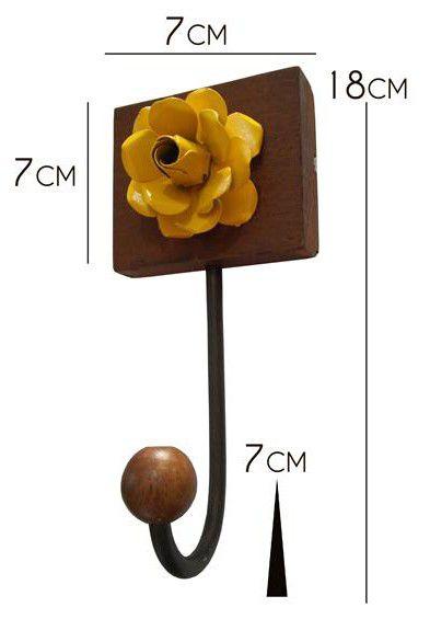 Cabide para Bolsa de Parede com Madeira e Flores Artesanais Rustico