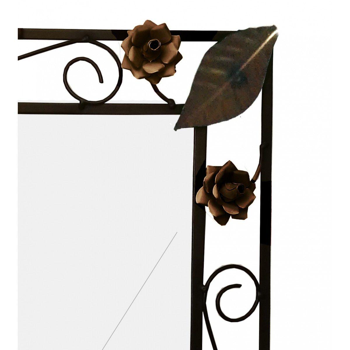 Espelho Banheiro com Moldura Artesanal de Ferro com Flores Rusticas