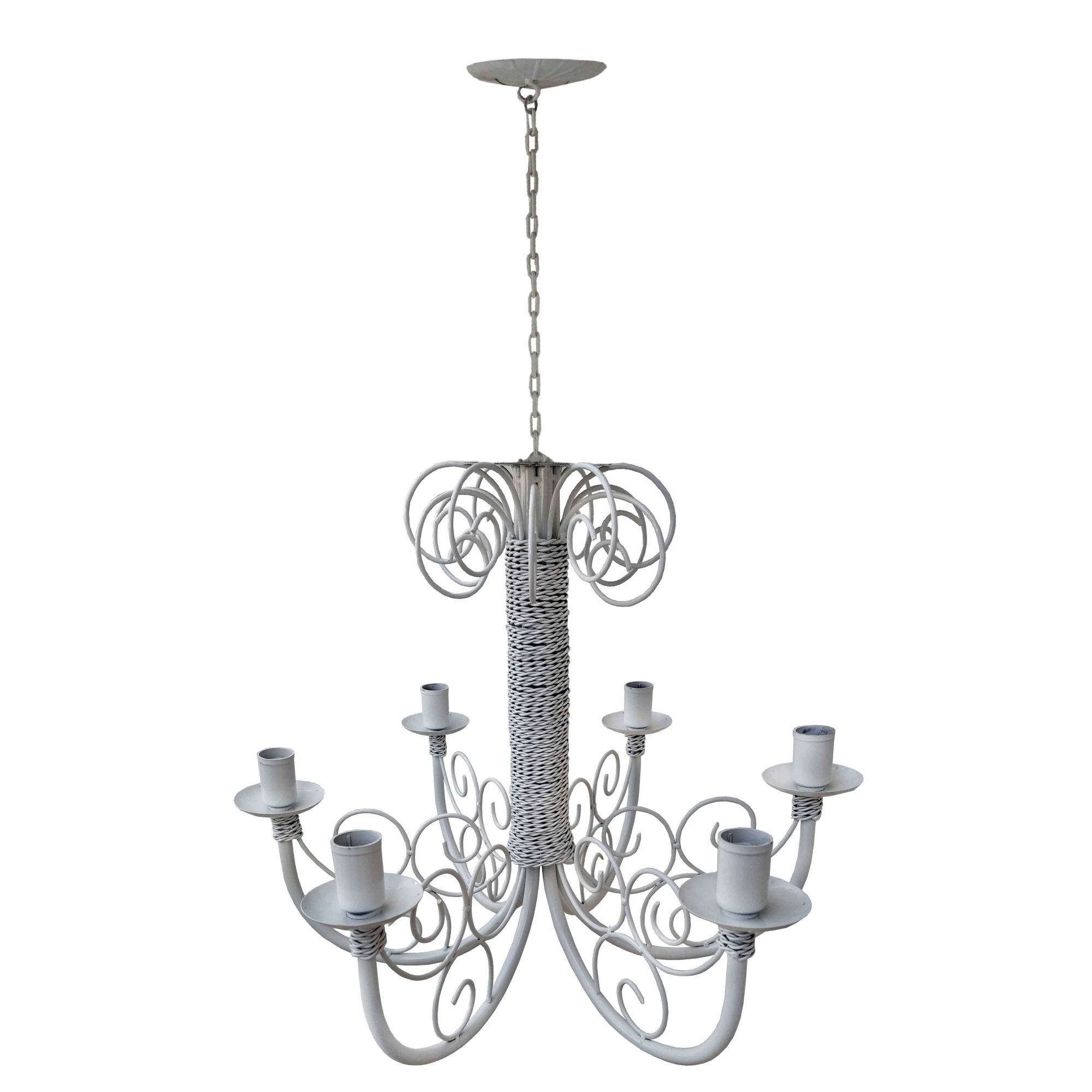 Lustre Branco de Ferro Artesanal Decorado para Iluminação Interna