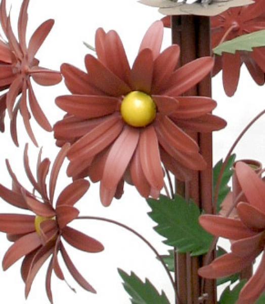 Lustre de Ferro Artesanal para Quarto de Casa Grande com Flores