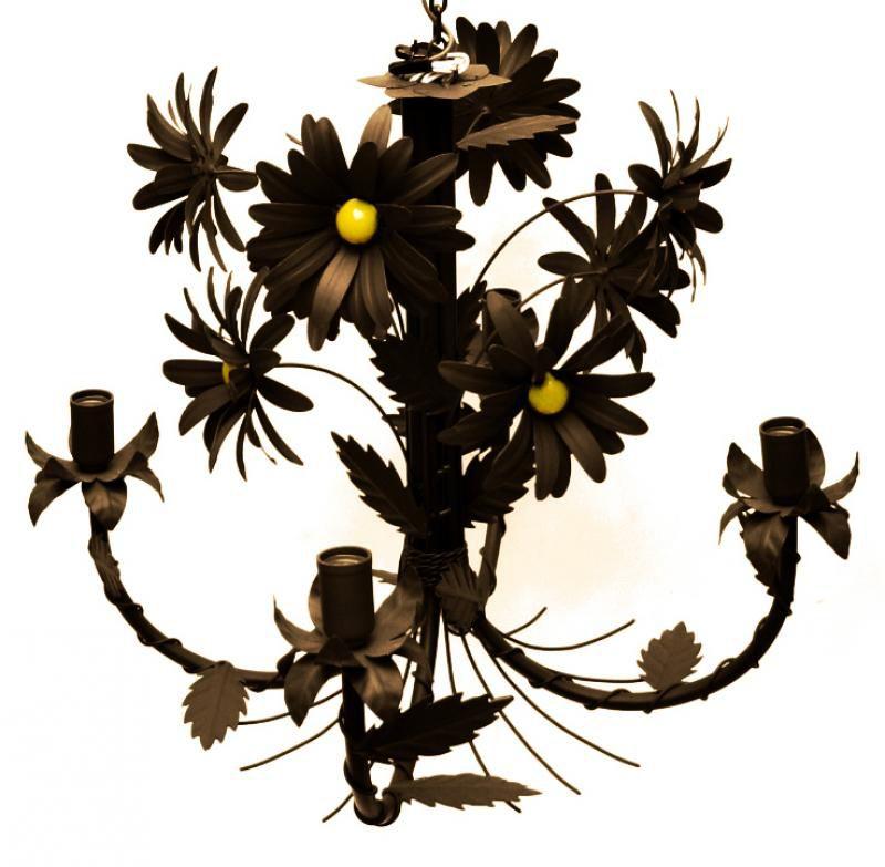 Luminaria de Teto com Flores para Sala de Jantar em Ferro Envelhecida