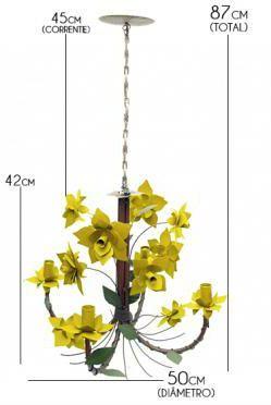Lustre para Sala de Estar Artesanal de Ferro com Flores de Lata