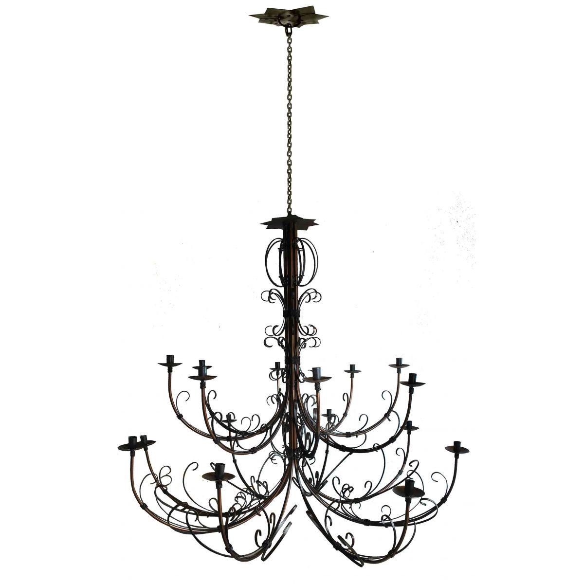 Lustre rococo amazing lustre rococo em ferro foto lustre for Lustre noir baroque