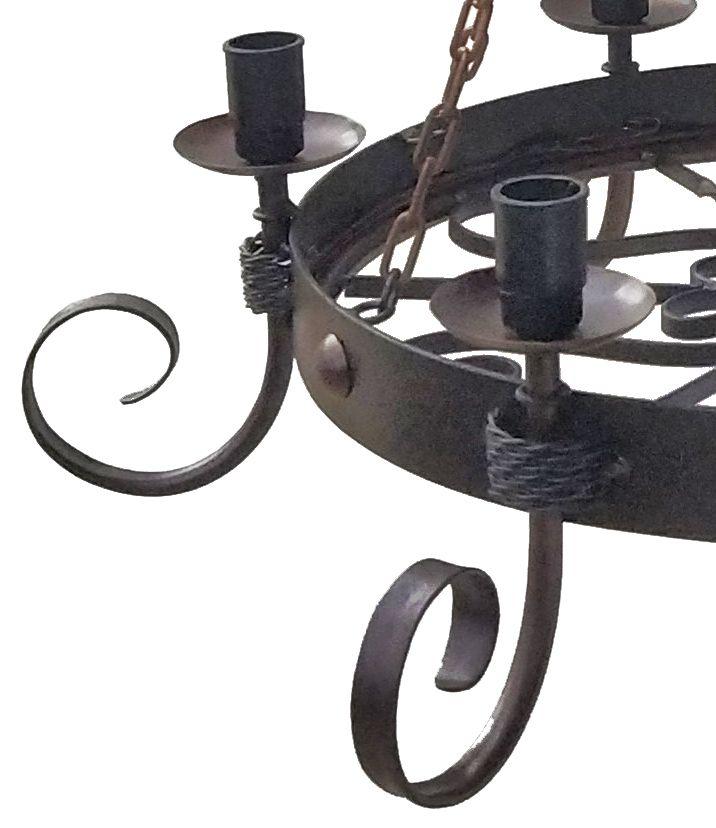 Lustre de Correntes em Ferro Retrô Medieval para Quarto de Casal