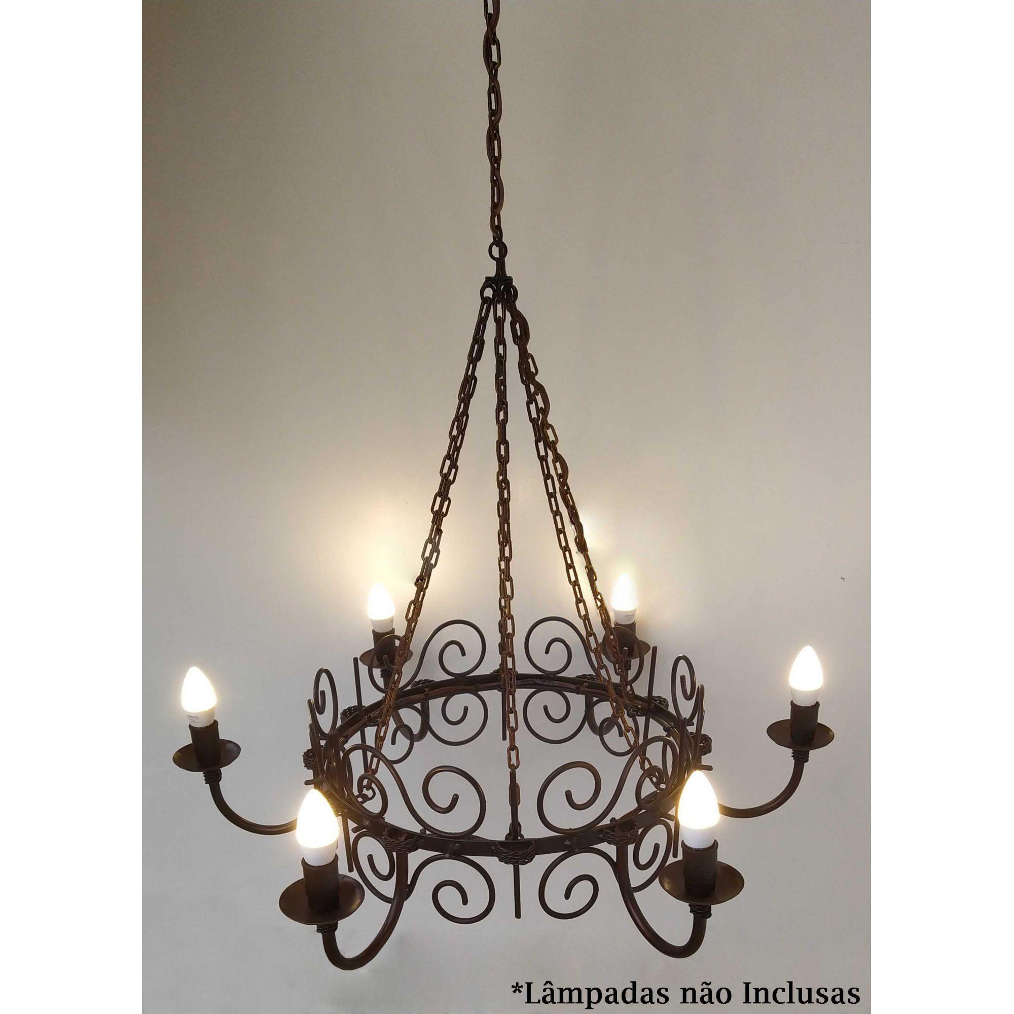 Lustre de Ferro Retrô Para Iluminação de Ambiente Rústico e Vintage