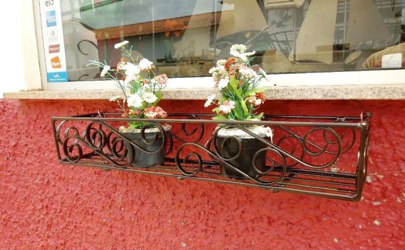 Porta Flores Rococó Em Ferro Para Janela Cozinha Decoração Vasinhos 60 cm